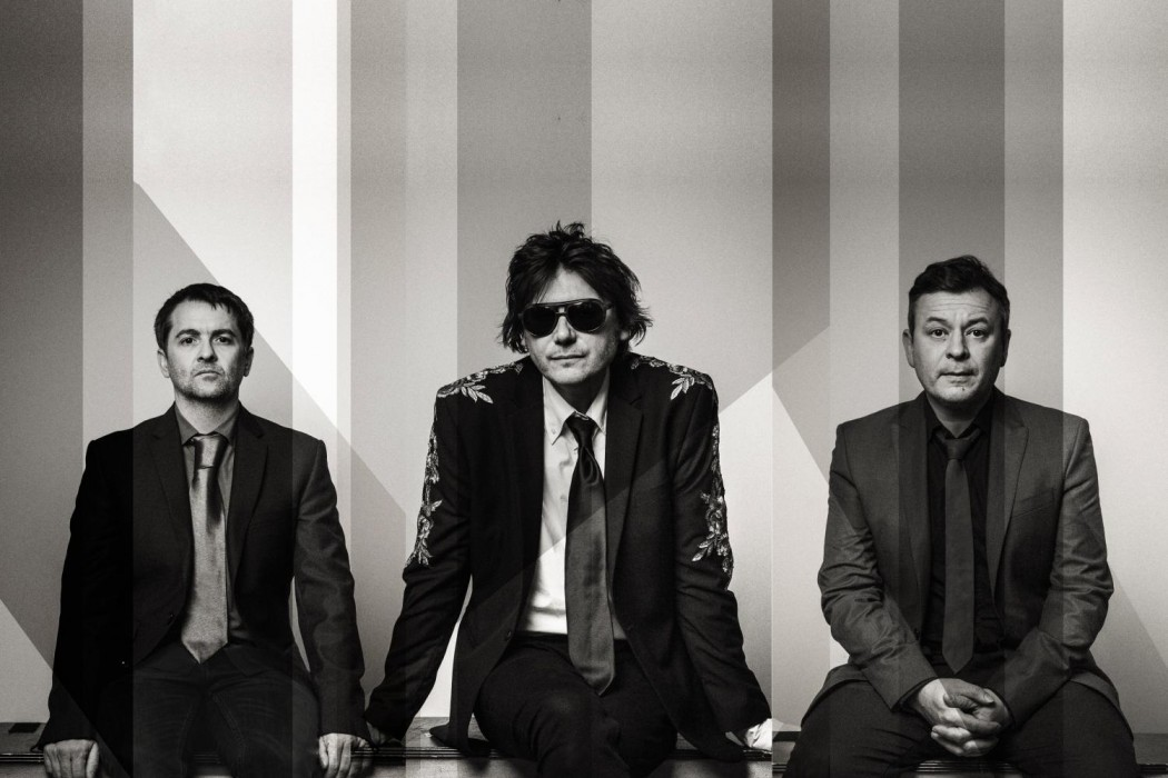 MANICS-STREET-PREACHERS_ALEX-LAKE-002