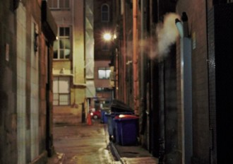 Glasgow city centre lane (pic: Paul Gallagher)