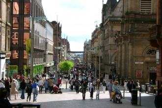 looking_down_Buchannan_Street_Glasgow