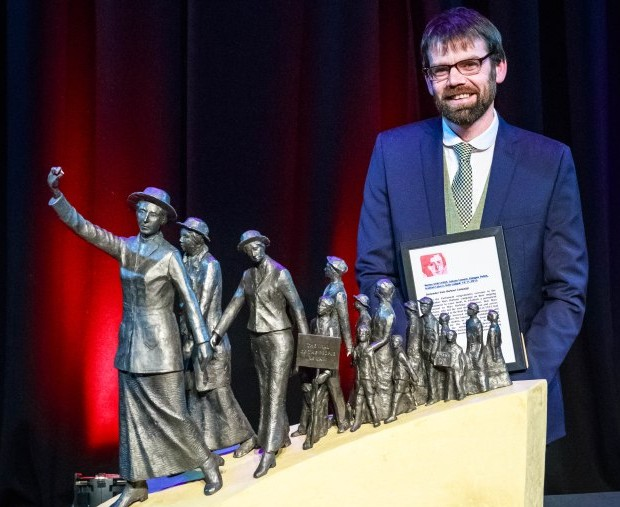 Sculptor Andrew Brown and his winning design. A life-size version will be unveiled in Govan.