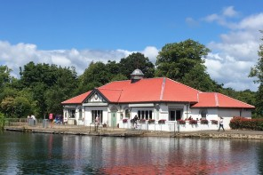 Lunch at The Boathouse in Rouken Glen Park